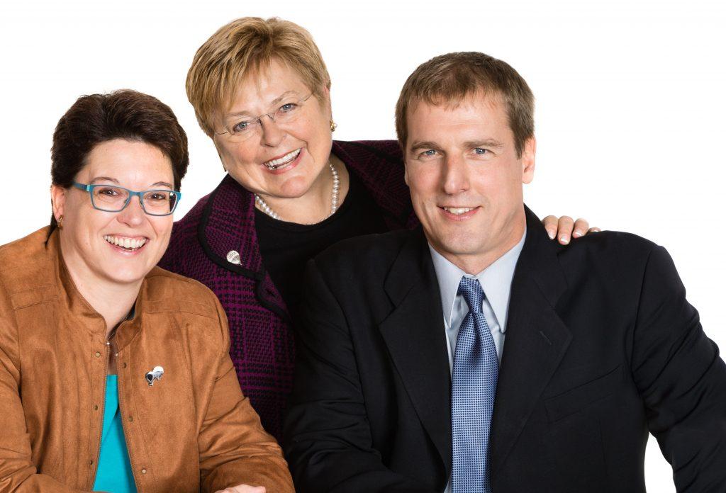 Ottawa REALTORS® Laurie, Christine & Jeff