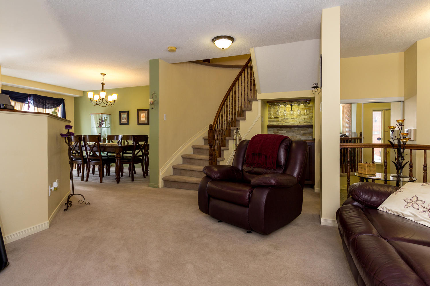 2038 Scully Way Ottawa ON K4A Large 006 18 Living Room 1500x1000 72dpi