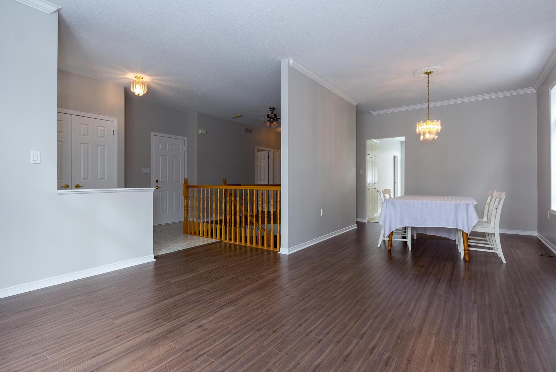 53 paxton ln ottawa on k1b 1b7 large 007 4 living room for Joop living room 007